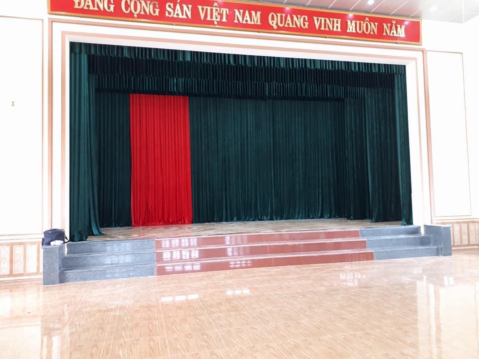 Mẫu phông rèm hội trường truyền thống